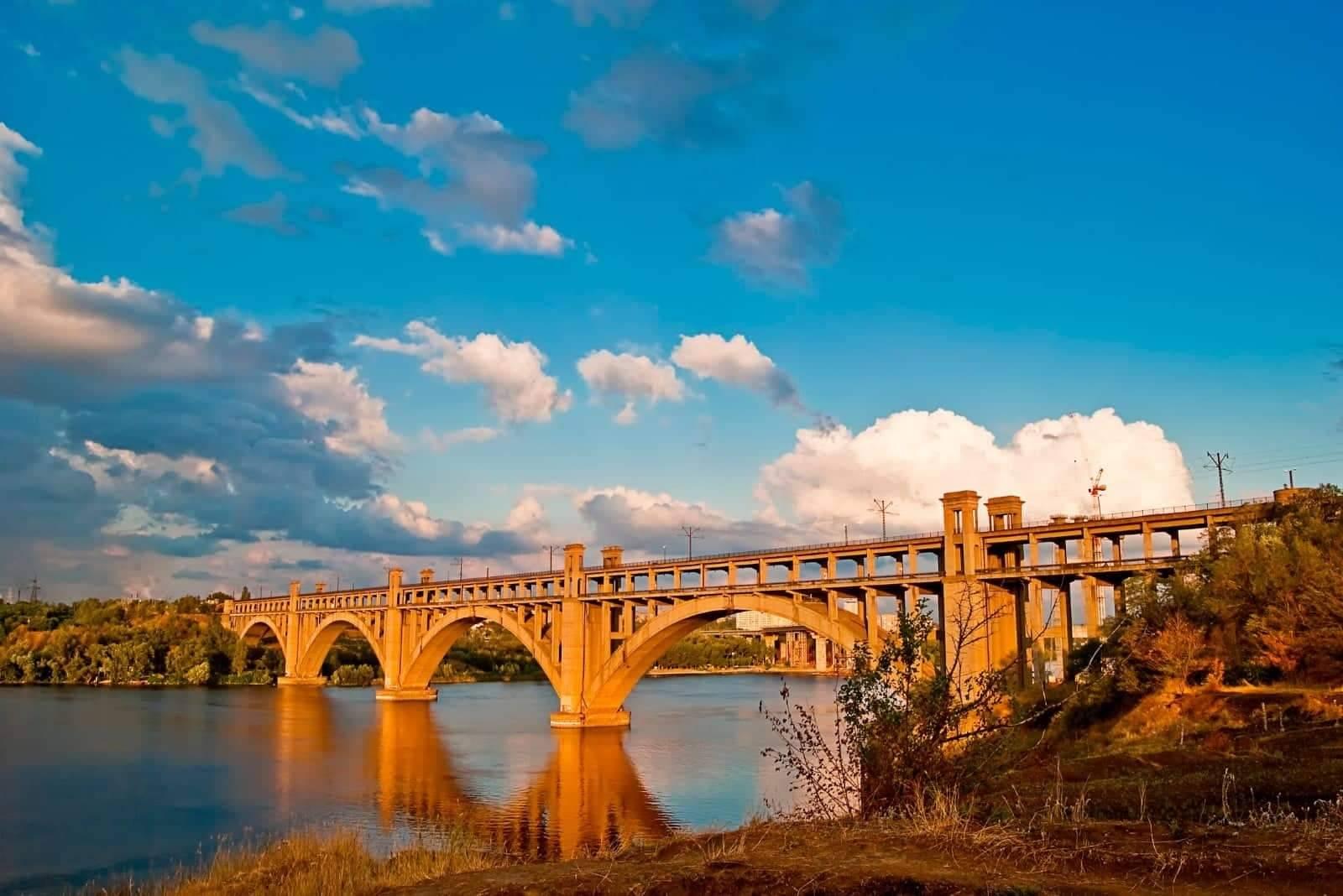 10 фактів про запорізькі мости