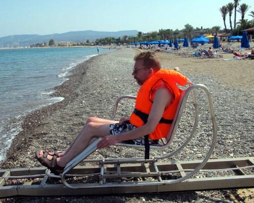 спускНаПляже для инвалидов(не у нас)