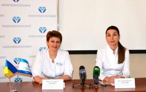 Офтальмологи Нина Луценко и Наталья Унгурян на пресс-конференции