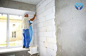 Фото 7 - Стоители подготавливают помещения, где будут установлены бальнеологические ванны