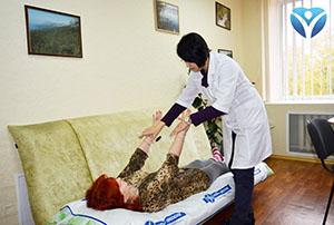Фото 1_Невропатологи Запорожской облбольницы помогают пациентам снова встать на ноги