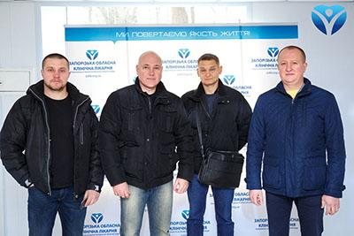Фото 2_Свой вклад в донорский марафон ЗОКБ внесли активисты «Хортицкого полка», сотрудники заповедника «Хортица» и ассоциация травматологов области