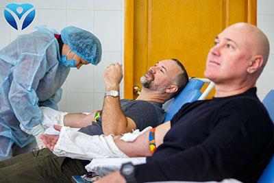 Фото 3_Свой вклад в донорский марафон ЗОКБ внесли активисты «Хортицкого полка», сотрудники заповедника «Хортица» и ассоциация травматологов области