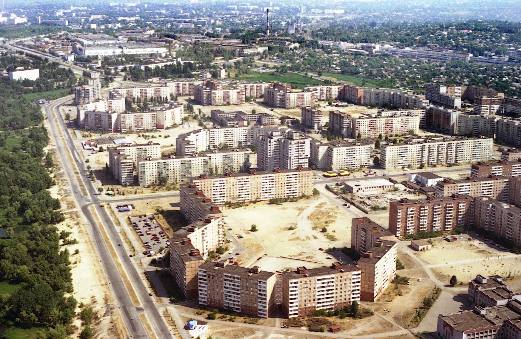 yuzhnyj-mikrorajon-peski-s-vysoty-1