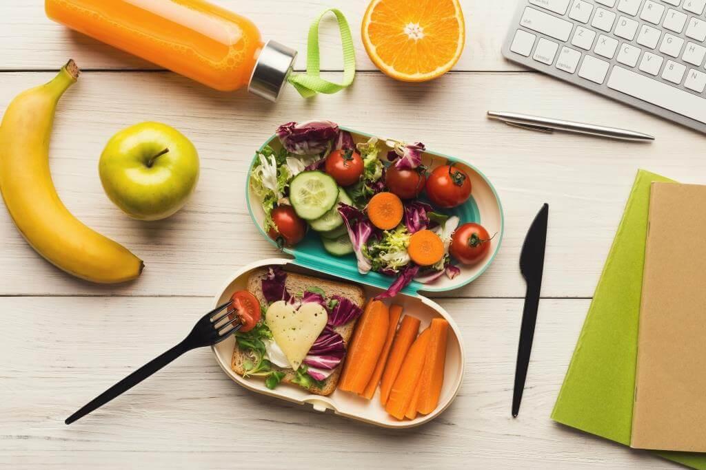 Чи варто брати обід на роботу