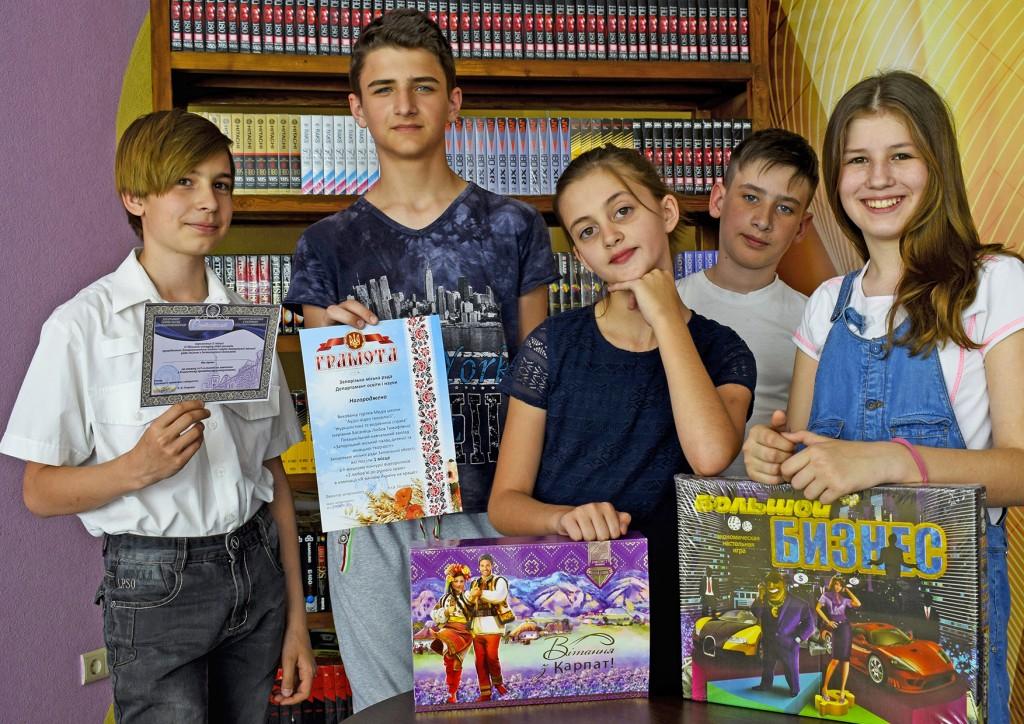 Вихованці Палацу з перемогою у черговому конкурсі