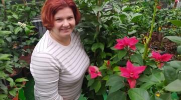 Тетяна з квіткою Різдва