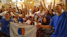 Студенти СПП та волонтери ТДУ разом з людьми з інвалідністю влаштували флешмоб