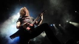 """MOSCOW, RUSSIA. MARCH 15, 2011. Jeff Hanneman of """"Slayer"""" band performs during the joint concert with US heavy metal band """"Megadeth"""" at Moscow's Olympiysky Arena. (Photo ITAR-TASS / Vladimir Astapkovich)  Ðîññèÿ. Ìîñêâà. 15 ìàðòà. Ó÷àñòíèê ãðóïïû """"Slayer"""" Äæåôô Õàííåìàí âî âðåìÿ âûñòóïëåíèÿ â ÑÊ """"Îëèìïèéñêèé"""". Ôîòî ÈÒÀÐ-ÒÀÑÑ/ Âëàäèìèð Àñòàïêîâè÷"""