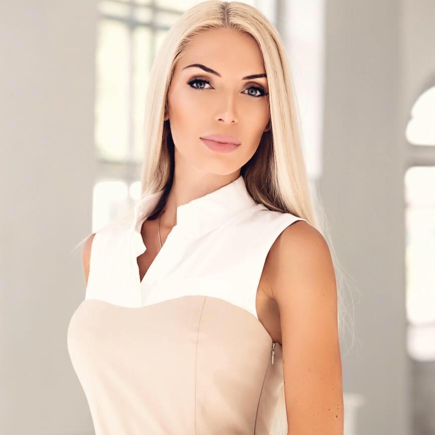 Ольга Годіна під час карантину придумала власну колекцію модного одягу