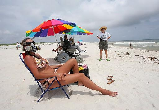 на пляже в маске2