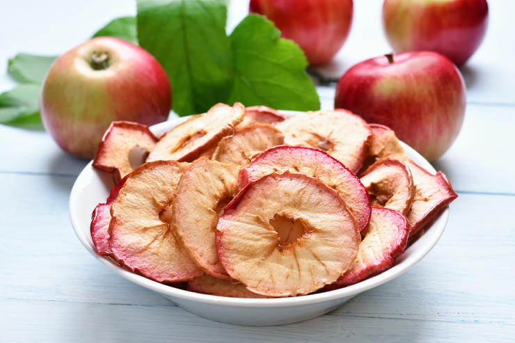 Dehydrated apples chips